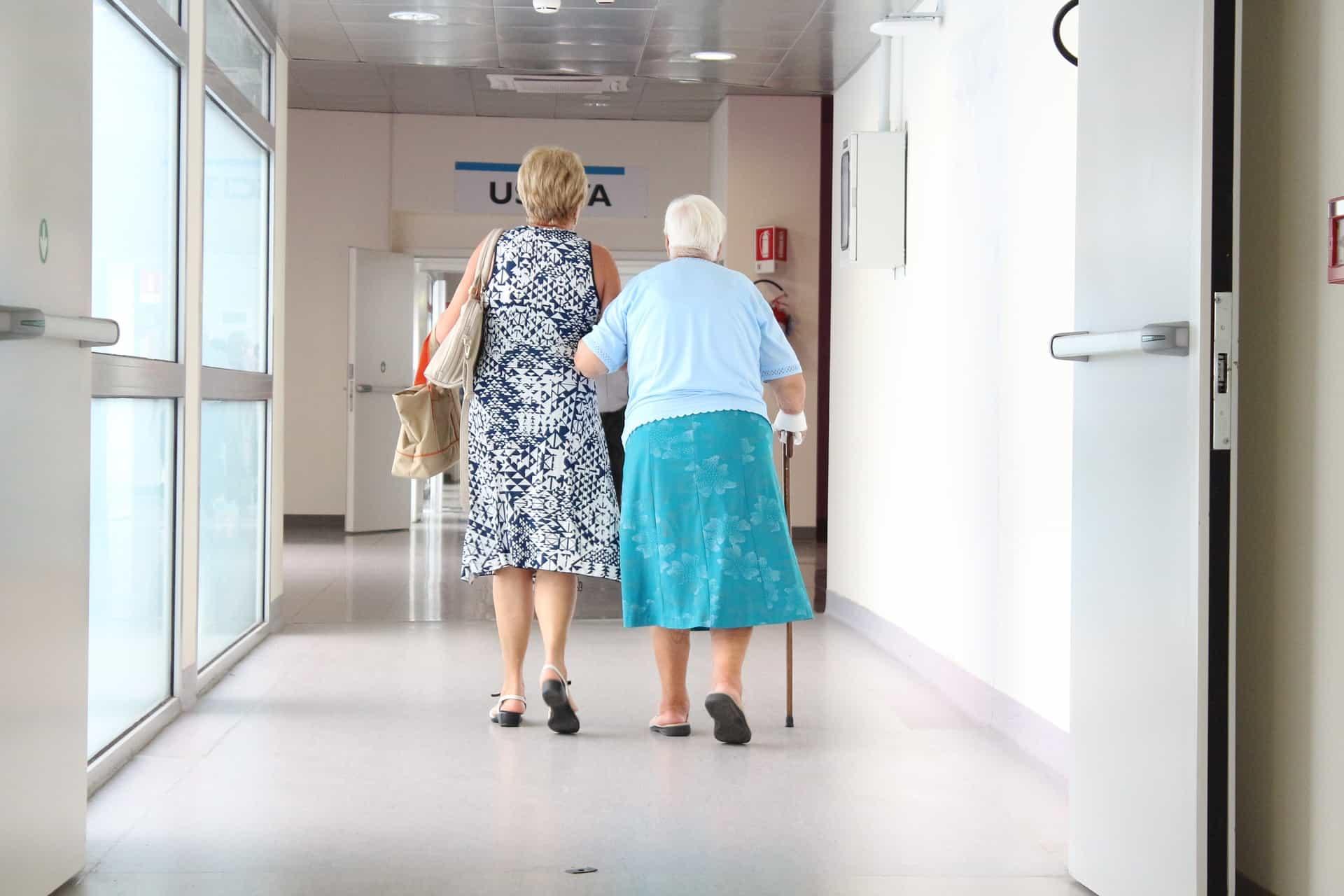 chutes : aménager son intérieur pour réduire les risques - senior
